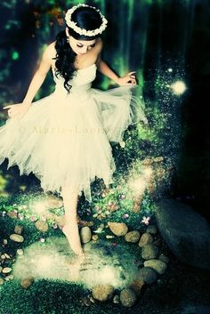 I want to find a photographer who will do my pictures in this style. How'd that be for a senior pic? :)