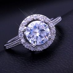 Stunning Wedding Engagement Ring
