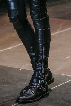 Saint Laurent Fall 2013 Ready-to-Wear - Details - Gallery - Style.com