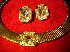 VINTAGE signed Carolee 3 piece, stunning and unusual gold jewelry set….I always loved wearing it, receiving wonderful compliments each time..
