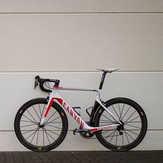 Bicycle Pictures, Bicycle Race, Bike Design, Road Bikes, Life Cycles, Biking, Cycling, Swag, Wheels