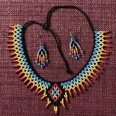 Items similar to Embera Diamond Choker and Earring Combo// Beads // Choker on Etsy Seed Bead Necklace, Seed Bead Jewelry, Diamond Pendant Necklace, Diamond Choker, Beaded Necklace Patterns, Beaded Choker, Handmade Beads, Handmade Jewelry, Accessoires Hippie