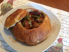 For soup, chili and so not soup-ish meals. Serve your family and guests with style, serve your soup, chili, spaghetti and saucy dishes in a Pretzel Bread Bowl and when you are finished savor the sauce soaked bread bowl.. yummy...yummy!. Will keep beautifully frozen for up to 1 month. Take the number of bowls you need for your meal from the freezer, they will thaw fast on the kitchen table. The photo feature our last night supper,Bratwurst and vegetable beer ragout.