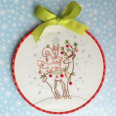 :: ☃ Crafty ☃ Winter ☃ :: woodland animal tree hoop art | by merwing✿little dear