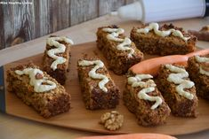 Μπάρες με καρότο χωρίς ζάχαρη - Miss Healthy Living Healthy Sweets, Healthy Cooking, Cooking Recipes, Cereal Bars, Carrot Cake, Healthy Choices, Sugar Free, Banana Bread, Carrots