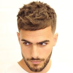 "1,777 Me gusta, 10 comentarios - Men's hairstyles inspiration (@4hairpleasure) en Instagram: ""Rate this hairstyle from 1-5. ♂️ by @agusdeasis_. #4hairpleasure"" Trendy Mens Hairstyles, Classic Hairstyles, Boy Hairstyles, Popular Haircuts, Haircuts For Men, Men's Haircuts, Short Hair Cuts, Short Hair Styles, Quiff Haircut"