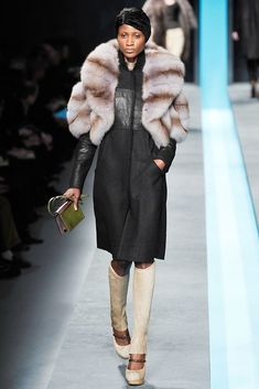 Fendi Fall 2009 Ready-to-Wear Fashion Show - Aminata Niaria