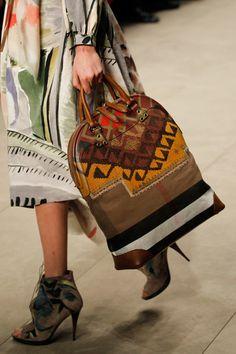 Burberry Prorsum Fall 2014 Ready-to-Wear Collection - Vogue 6cb8338e1c4a9