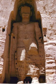 Ancient Buddhas of Bamiyan statues - Afghanistan - so sad that history is destroyed because of intolerance.