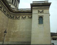 Detalhe da arquitetura do Panthéon.