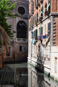 Bright & Sunny Venezia, Italia #monogramsvacation