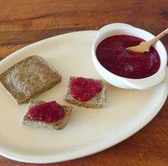 Este pan de linaza no lleva harina (libre de gluten) ni lácteos. Es muy nutritivo y rápido de hacer.
