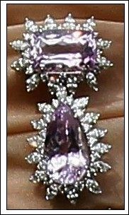 Kunzite and diamond brooch worn by  Maxima at the abdication signing 4/29/13. photo credit Salamtrf with permission
