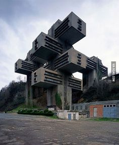 (Soviet Modernism) The Georgian Ministry of Highway Construction in Tbilisi, Georgia. Built in 1975.