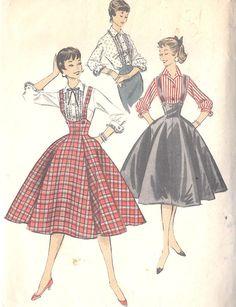 Advance pattern 8064, 50ies jumper/suspender skirt, lovely!