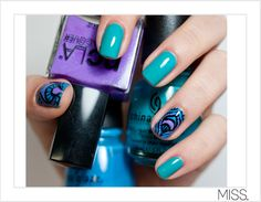 Nails Did: Peacock Nail Art Design Inspired by MOB leggings | M.I.S.S.