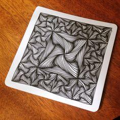 Paradox, tangle creado por Rick Roberts. Zentangle de María Tovar, CZT (Certified Zentangle Teacher) Clases de Zentangle en España www.elultimotangle.es.