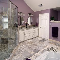 Superbe Purple And Gray Bath