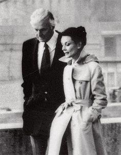 Creaba vínculos muy especiales con sus clientas, el mayor ejemplo la relación de amistad entre Givenchy y Audrey Hepburn. Juntos crearon un icono de elegancia y sofisticación perfecta.