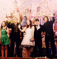 Narnia cast|This is like my favorite photo in the universe