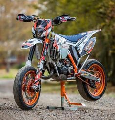 Ktm Exc, Ktm 250 Exc, Duke Motorcycle, Ktm Supermoto, Best Atv, Custom Sport Bikes, Atv Riding, Moto Bike, Dirtbikes