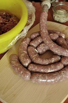 How To Make Sausage, Sausage Making, Kielbasa Sausage, Smoking Meat, Sausage Recipes, Charcuterie, Food And Drink, Cooking, Smokehouse