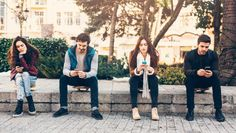 Desde la aparición de redes sociales como Twitter o Facebook se han llevado a cabo muchos estudios sobre cómo afectan a nuestro comportamiento y autoestima. Su uso se ha asociado a cosas tan negativas...