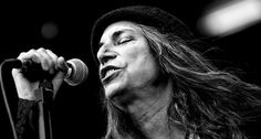 See the latest images for Patti Smith. Listen to Patti Smith tracks for free online and get recommendations on similar music. Patti Smith, Zadie Smith, Rock And Roll Hotel, El Rock And Roll, Karen Carpenter, Joe Strummer, Joan Baez, Mick Jagger, John Lennon