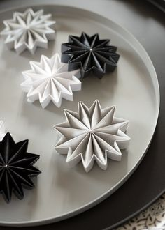 Elaborate, hand-folded pleated paper stars by Leporello paper design. The Diy paper ornaments are New Years Decorations, Paper Decorations, Christmas Decorations, Cozy Christmas, Christmas Crafts, Rainbow Paper, Christmas Interiors, Paper Crafts, Diy Crafts