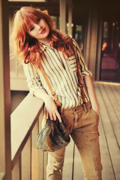 this is like.. rustic casual and, if you add some goggles and an intense jacket, steampunk // love this for Ari, under her long black overcoat of course ;-)