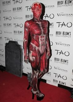 Galerie - Heidi Klum & Her most intricate Halloween outfit yet? Heidi Klum goes all out as ...