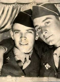 Homo History: Vintage Gay Couples