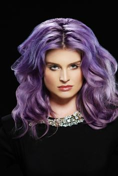 Kelly Osbourne... love her hair!!!!!
