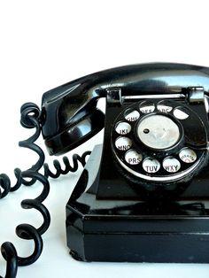 Le téléphone a cadran, a Paris les n° commençaient par 3 lettres