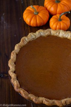 If you love homemade pumpkin pie then you are going to love this homemade maple pumpkin pie recipe. All the amazing flavors of pumpkin pie with a sweet twist of maple! Boy is it delish! Maple Pumpkin Pie This pumpkin pie recipe is a tasty twist on your classic pumpkin pie, sweetened with real maple … Sugar Free Pumpkin Pie, Frozen Pumpkin, Best Pumpkin Pie, Homemade Pumpkin Puree, Pumpkin Spice Cake, Pumpkin Pie Recipes, Homemade Pie, Pumpkin Dessert, Chocolate Chip Pancakes