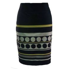 fusta buline Coral, Skirts, Fashion, Atelier, Moda, Fashion Styles, Skirt, Fashion Illustrations
