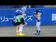 ▶ 2014/09/02 つば九郎とドアラ 息ぴったり - YouTube