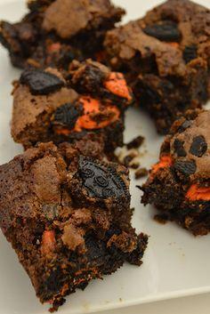 Halloween Oreo Brownies
