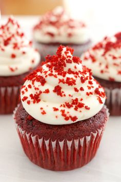 small batch (4) cupcakes, red velvet cupcakes, cream cheese frosting, small batch, baking, gemma stafford, bigger bolder baking, recipes for college students, single serving, red velvet cake, toaster oven, toaster oven recipes