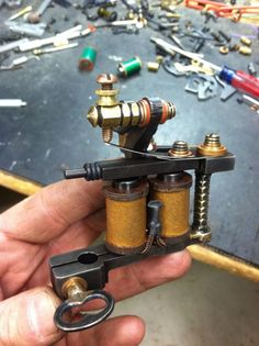 Flying Irons Tattoo Machine!