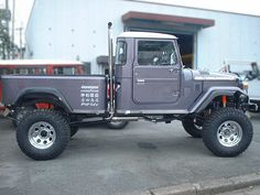 ランクル45トラック01 Toyota Fj40, Toyota Trucks, Jeep 4x4, Jeep Truck, Toyota Land Cruiser, Carros Toyota, Best Car Deals, Airplane Car, Find Used Cars