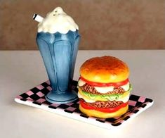 10 Creative Salt & Pepper Shakers - Oddee.com (salt & pepper shakers)