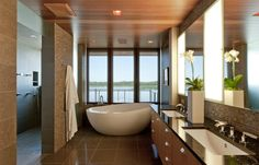 Bath (North Lindstrom Lake House by Charles R. Stinson Architects)