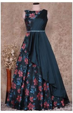 Gown Party Wear, Party Wear Indian Dresses, Designer Party Wear Dresses, Indian Fashion Dresses, Indian Gowns Dresses, Dress Indian Style, Indian Designer Outfits, Indian Wedding Gowns, Designer Gowns