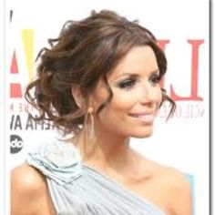 Bridesmaid hair... @Emily Cosgrove I think I found the style I want for my hair at your wedding! :)