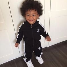 Cute Baby Outfits Kids And Fashion Little Kid Cute Baby Boy Outfits, Cute Baby Girl, Cute Baby Clothes, Kids Outfits, Babies Clothes, Black Baby Boys, Cute Black Babies, Beautiful Black Babies, Little Black Boys