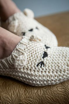 Meow-ccasin Slippers - Knitting Patterns and Crochet Patterns from KnitPicks.com    by Edited by Knit Picks Staff