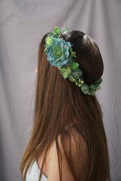 Succulent hair piece idea