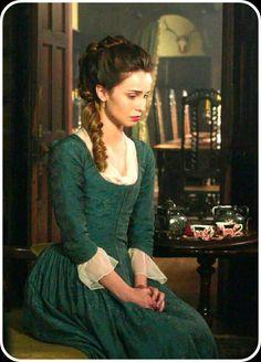 Heida Reed as Elizabeth Poldark Warleggan in POLDARK.