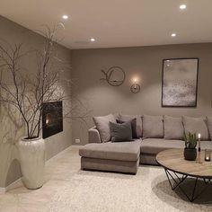 42 brilliant solution small apartment living room decor ideas and remodel 28 Classy Living Room, Living Room Decor Cozy, Living Room Grey, Living Room Interior, Home Living Room, Barn Living, Cozy Living, Interior Livingroom, Living Room Colors